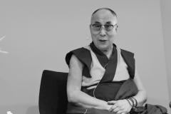 schirdewahn_2509_dalai_lama_sw_kl